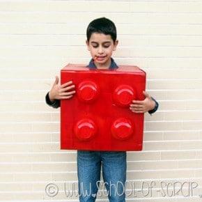 Carnevale fai da te: come fare la maschera da mattoncino Lego