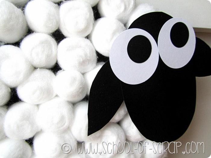 Lavoretti di Pasqua: la pecorella fuoriporta di cotone
