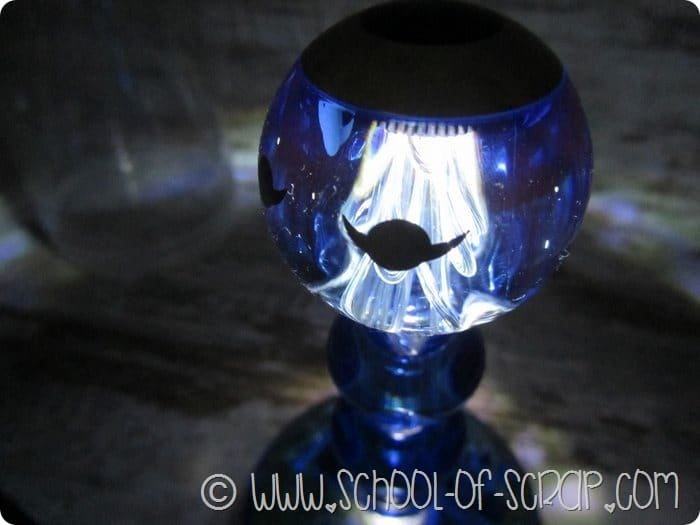 Campanello lampada da tavolo dal design bello, buono e utile 3