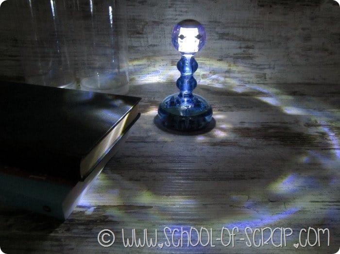 Campanello lampada da tavolo dal design bello, buono e utile 5