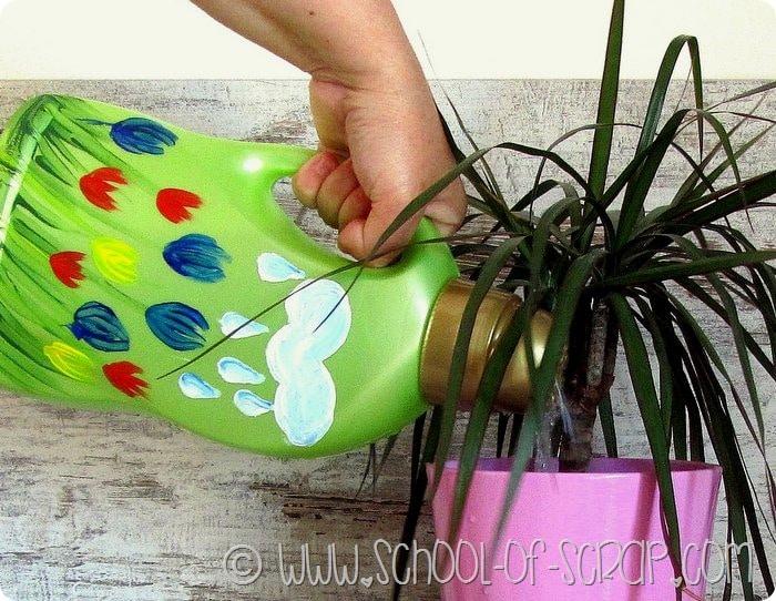 Come riciclare i flaconi del detersivo e trasformarli in cose utili su DonnaD