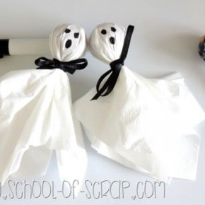 Idee per Halloween: fantasmini Chupa Chupa da regalare a grandi e bambini