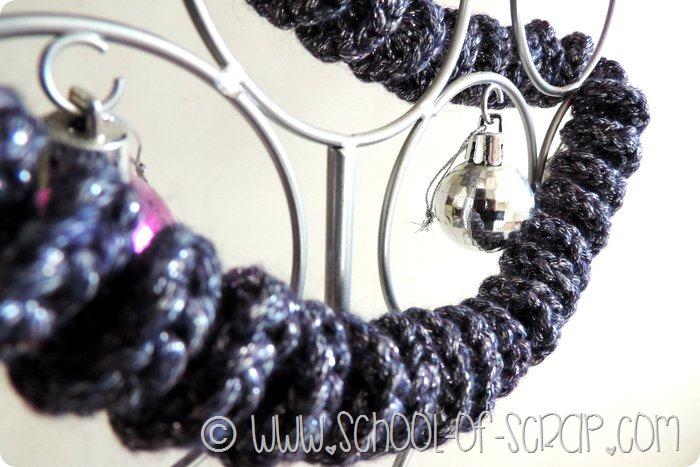 Aspettando il Natale: fili e ghirlande per l'albero di Natale si fanno a crochet