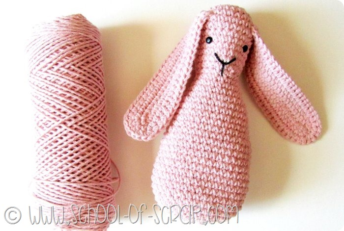 Tutorial CONIGLIETTO amigurumi all'uncinetto - Crochet RABBIT ... | 471x700