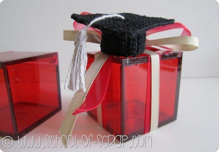 bomboniera con il tocco di laurea all'uncinetto e altre idee con scatoline di plexiglass