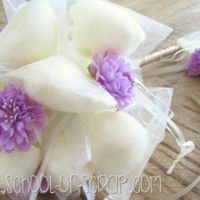 Matrimonio DIY: Bouquet sposa fai da te particolare e senza fiori freschi