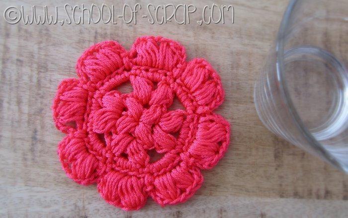 Scuola di Uncinetto: il sottobicchiere Puff Granny Rose di nylon