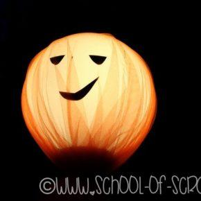 Come fare una decorazione di Halloween facile per terrazzo o giardino