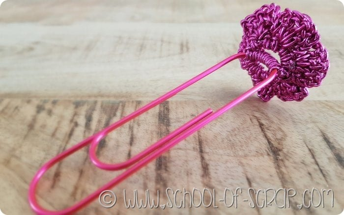 tutorial segnalibro all'uncinetto con il fiore