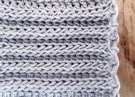Uncinetto facile: punto rulli a rilievo che imita la maglia ai ferri