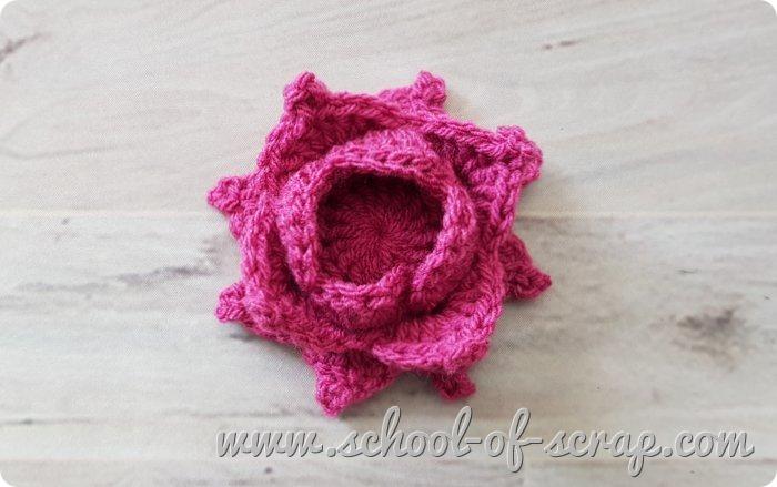 Uncinetto mattonella granny con rosa 3D in rilievo videotutorial - prima parte