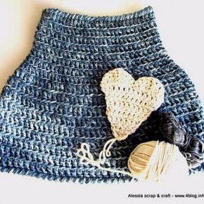 Pattern spiegazione in PDF per PRIMITIVE CAPE, la mantella a crochet.