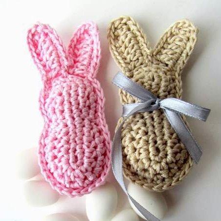 Pattern schema per realizzare i coniglietti bomboniera battesimo